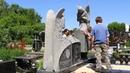 Установка скульптуры ангелов из гранита на кладбище