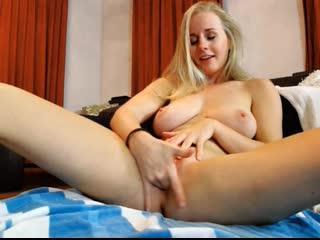 Wildestkitten ( cumshow, masturbation, big tits, pussy)