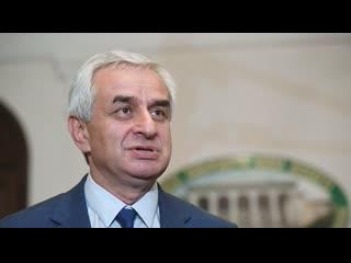 А. Бабицкий. О событиях в Абхазии. Уйдет ли в отставку Рауль Хаджимба