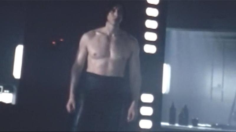 Kylo Ren asks Rey to be his girlfriend
