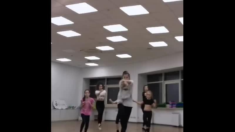 Мастер класс по современной хореографии
