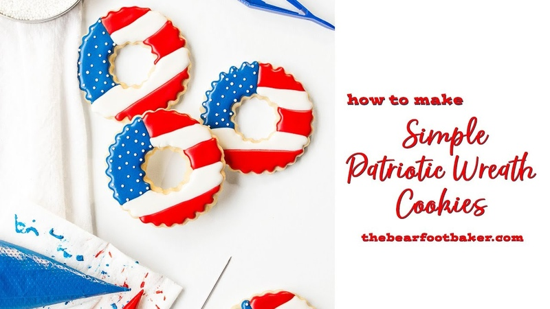 How to Make Simple Patriotic Wreath Cookies | The Bearfoot Baker copy
