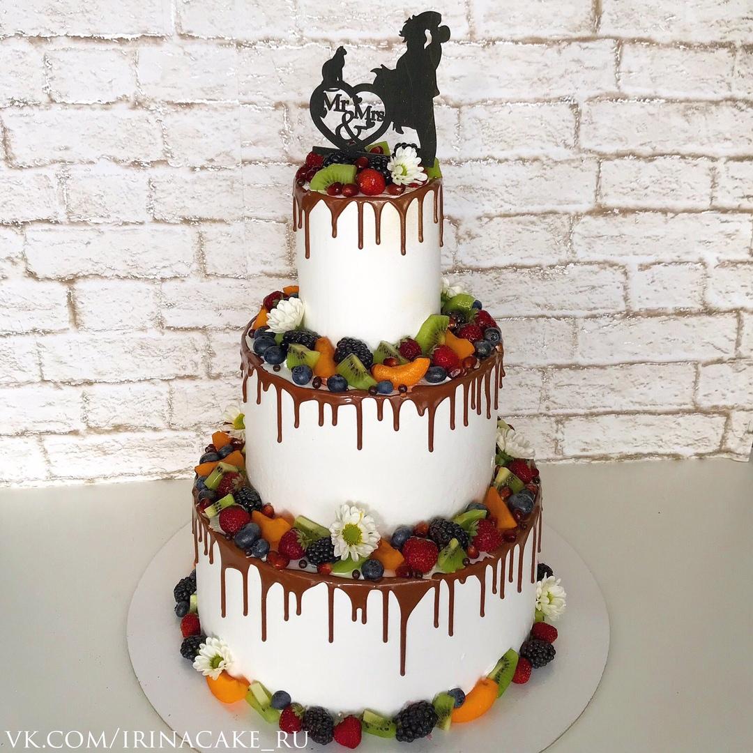 Свадебный торт с ягодами (Арт. 507)