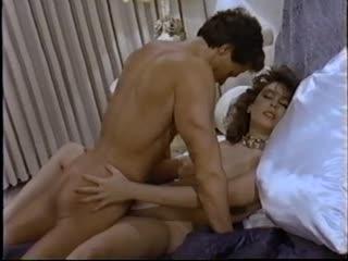 Traci Lords - Battle of the stars - sc1 (1985) порно секс минет сексуальные соски шлюхи шикарные бляди ебутся сиськи жопы boobs