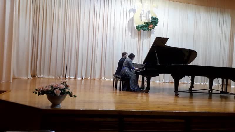 Астор Пьяццолла Libertango Исполняют Елена Ардуванова и Захар Тасчи Воркута 12 03 2020