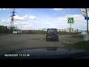 8 июня 2020 г., ул. Димитрова, водитель Патриота не включает указатель поворота.