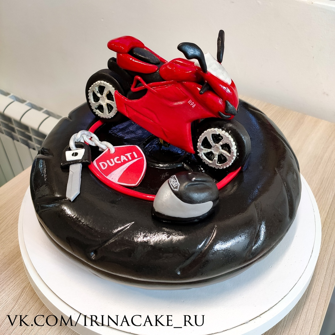 Торт с мотоциклом (Арт. 629)