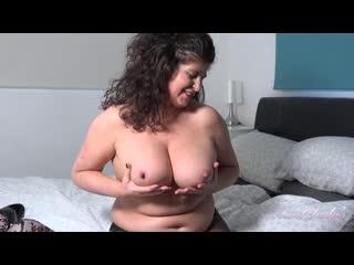 Зрелая мама дрочит на сына, sex porn milf mature jerk solo tit ass boob butt orgasm pussy love (Инцест со зрелыми мамочками 18+)