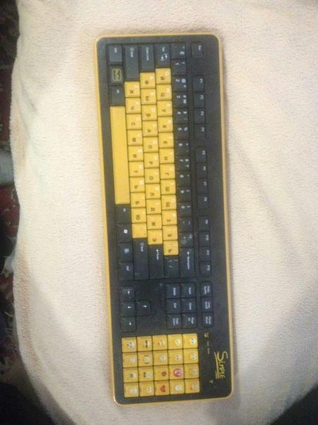 Беспроводная клавиатура 1000р