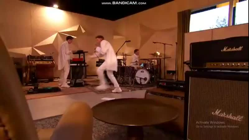 Doctor Loic Nottet live 4 06 20