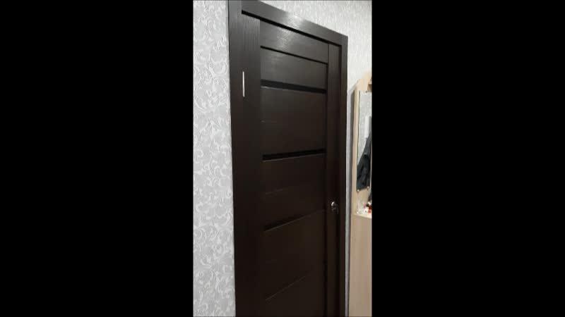 Процесс установки межкомнатной двери купе с фиксатором в туалет