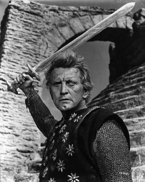 """В США на 104-м году жизни скончался Кирк Дуглас - последний живший киноактёр эпохи классического голливудского кино (""""студийной системы"""" 1928-1949 гг"""