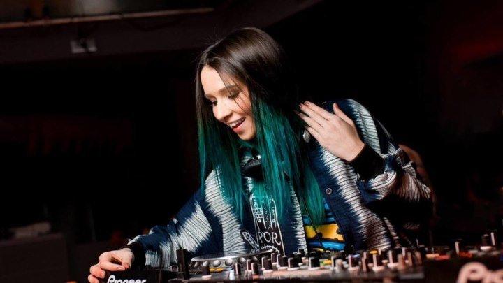 Miss Monique - Mind Games Podcast 087│Live @ Radio Intense 17.04.2019│Progressive Music