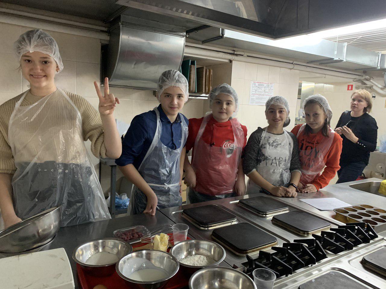 Учащиеся школы № 2048 посетили Колледж сферы услуг №3