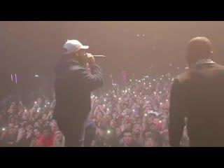 Drake неожиданно вышел на сцену на концерте DaBaby