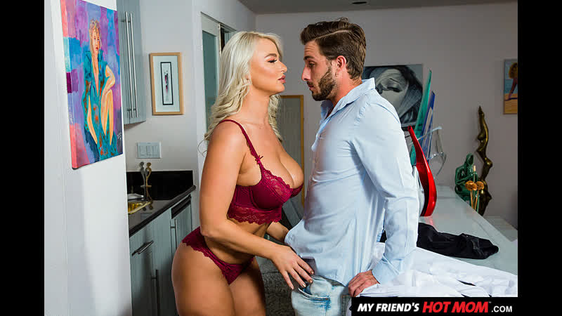 Naughty America - My Friends Hot Mom / London River & Lucas Frost
