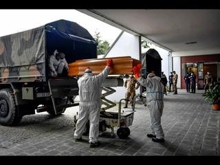 Погибших от CoVID-19 вывозят грузовиками, Италия глазами очевидца