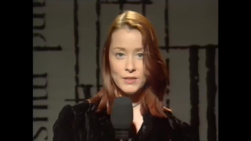 Suzanne Vega Toms Diner Live Acappella BBC TV 1994