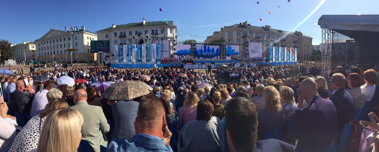 """""""Абсолютно все изменилось"""" - Лукашенко сравнил современный Брест с городом времен молодости"""