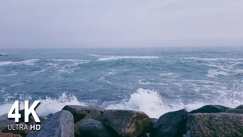 Лечебный шум моря о разбивающиеся камни в 4K Ultra HD для сна медитации и отдыха