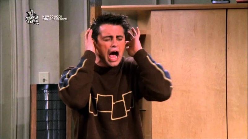 Friends - HD - Chandler Scares Joey
