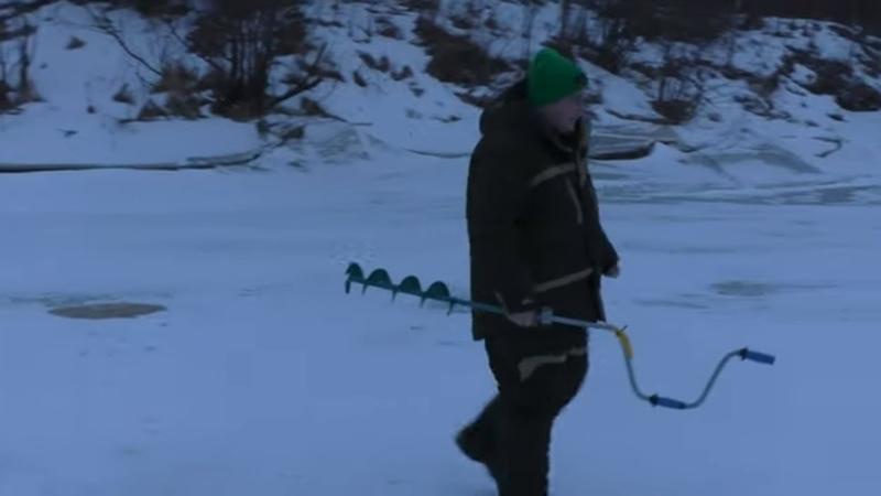 В ДЕРЕВНЮ на РЫБАЛКУ Зимняя РЫБАЛКА на ОКУНЯ РАЗВЕДКА новы МЕСТ
