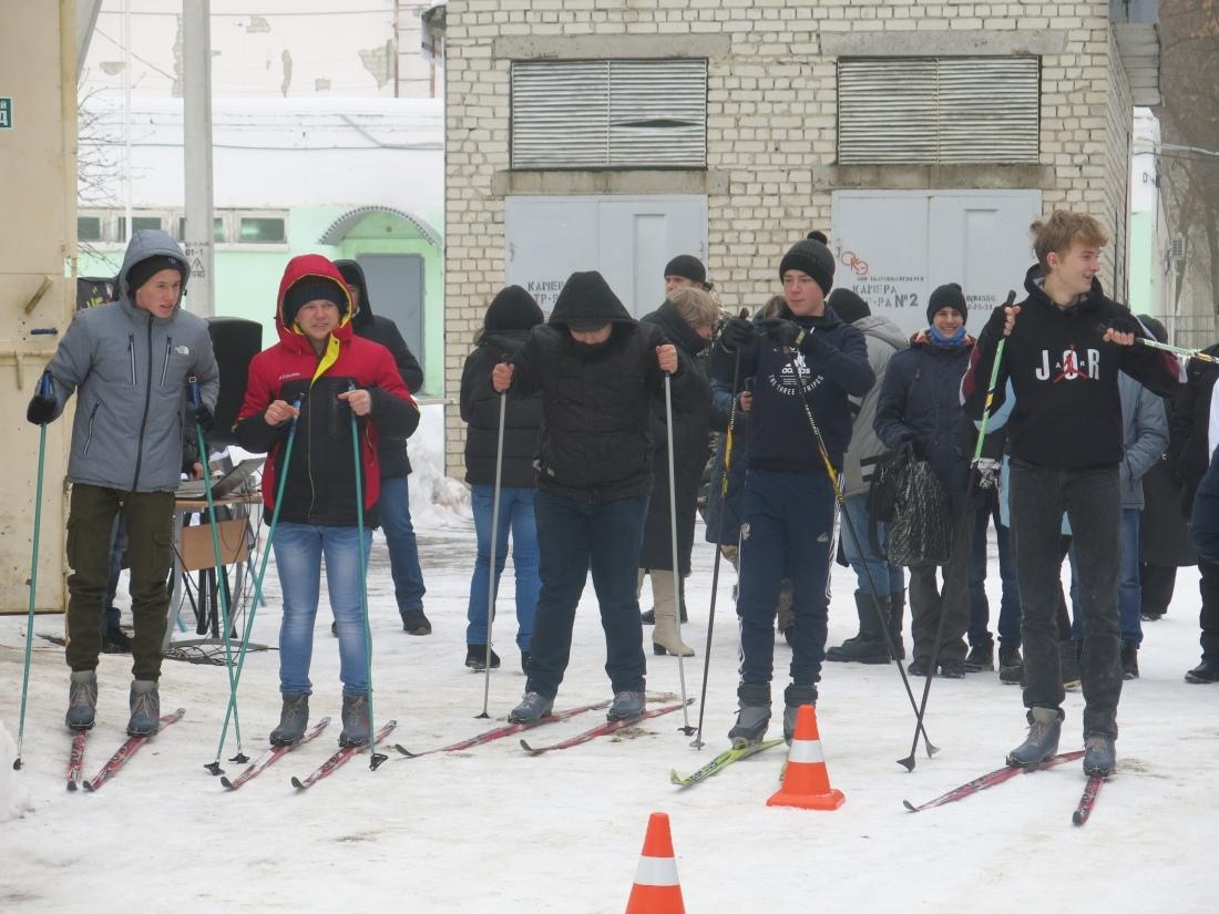 В День студента в Петровском политехе состоялись соревнования по лыжным гонкам