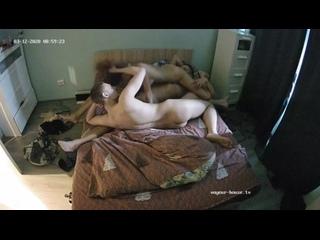 Два друга на вписке трахнули подругу Порно наказание минет молодые анал групповое любительское вписка домашнее sexwife секс