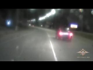 Как в лучших боевиках: в Крыму полицейские устроили погоню со стрельбой