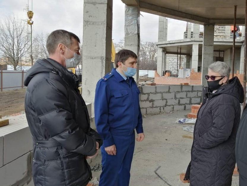 Прокуратура города Таганрога контролирует строительство двух детских садов