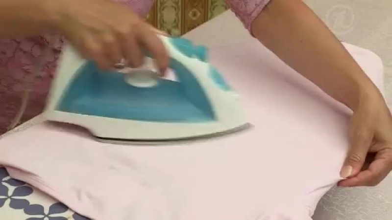 Как сложить футболки