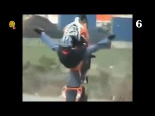 Трюки на мотоциклах. Жесть!