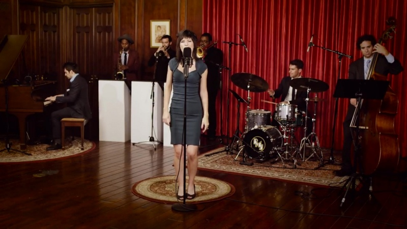 Who Can It Be Now Men At Work 40s Jazz Cover ft Sara Niemietz