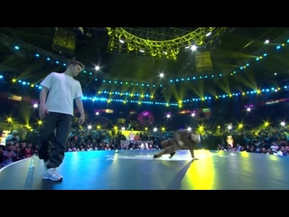 B-Boy Bumblebee vs B-Boy Menno ¦ Top 8 ¦ Red Bull BC One World Final Mumbai 2019