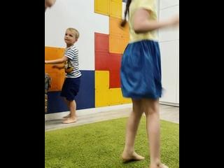 Wonderland_Kids kullanıcısından video