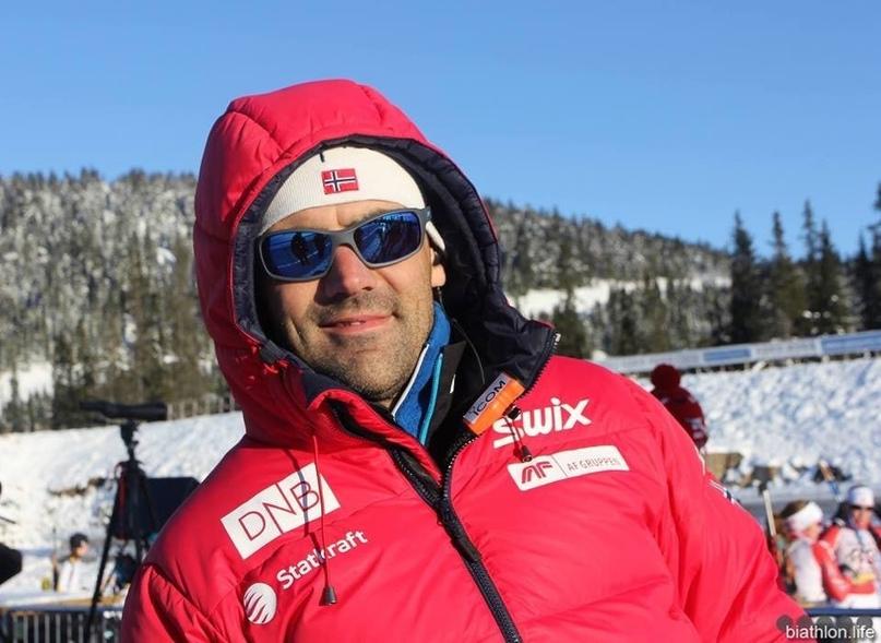 Тренер норвежских биатлонистов по стрельбе Зигфрид Мазе рассказал об отношении к России.