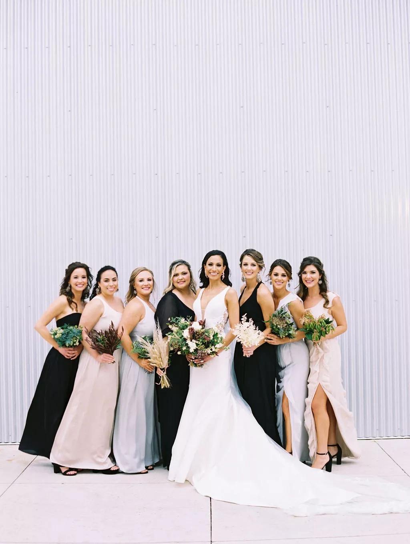 uoCtZPo2gjM - Как найти веселого ведущего на свою свадьбу