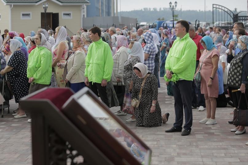 Православные волонтеры «Союза Маринс Групп» оказали помощь в освещении храма в Нижнем Новгороде, изображение №2