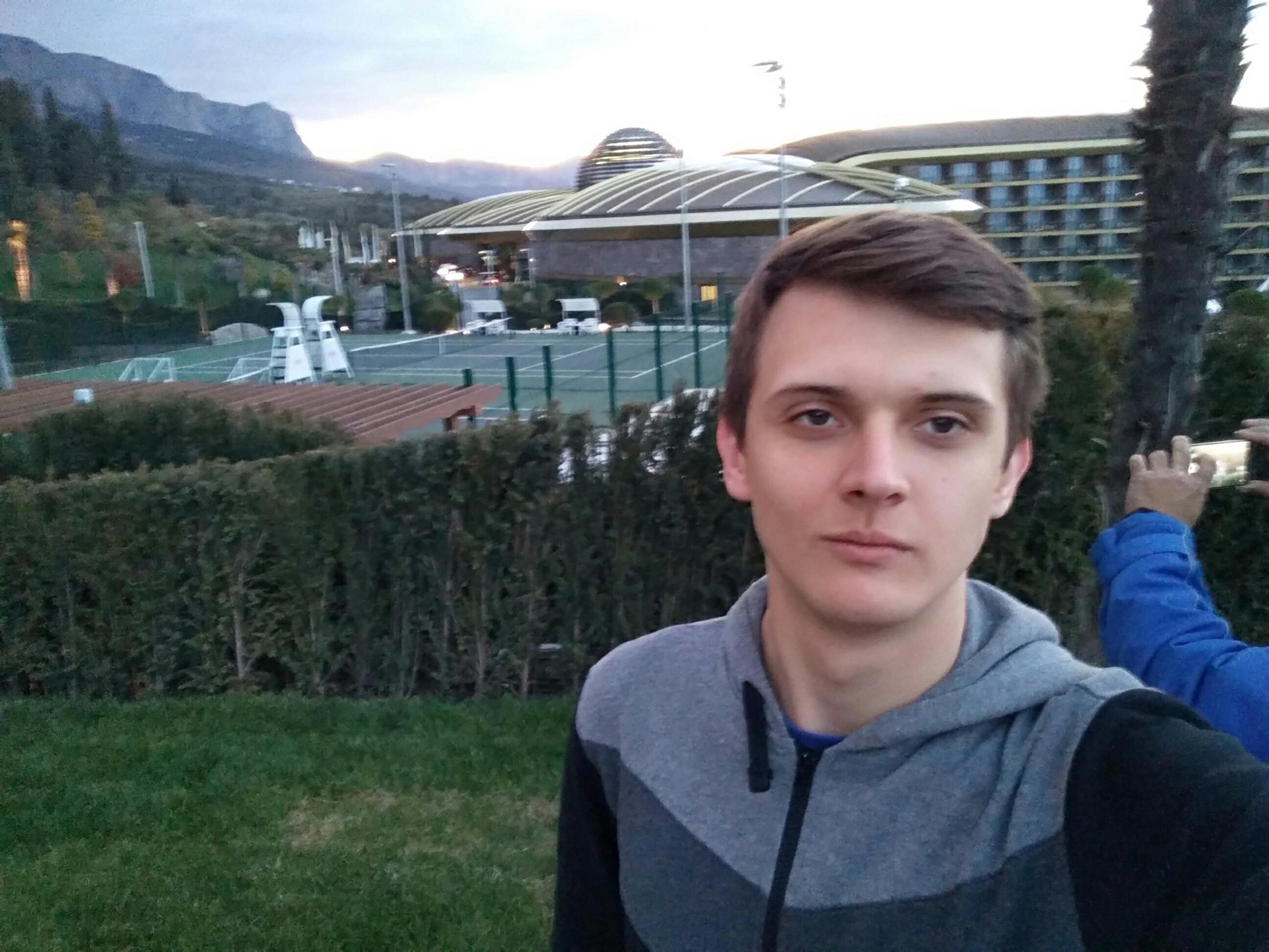 Иван, 25, Yalta