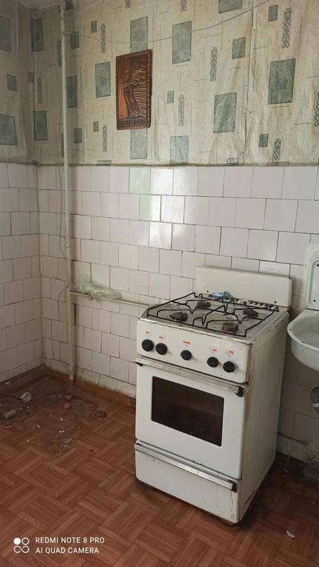Срочно продам 2 х комнатную квартиру на 3 | Объявления Орска и Новотроицка №16766