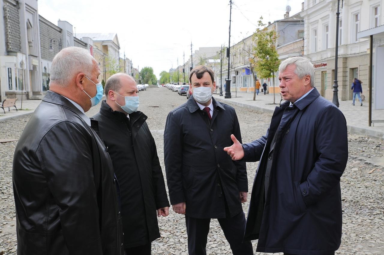 Губернатор поручил подготовить проекты реконструкции Пушкинской набережной и улицы Петровской