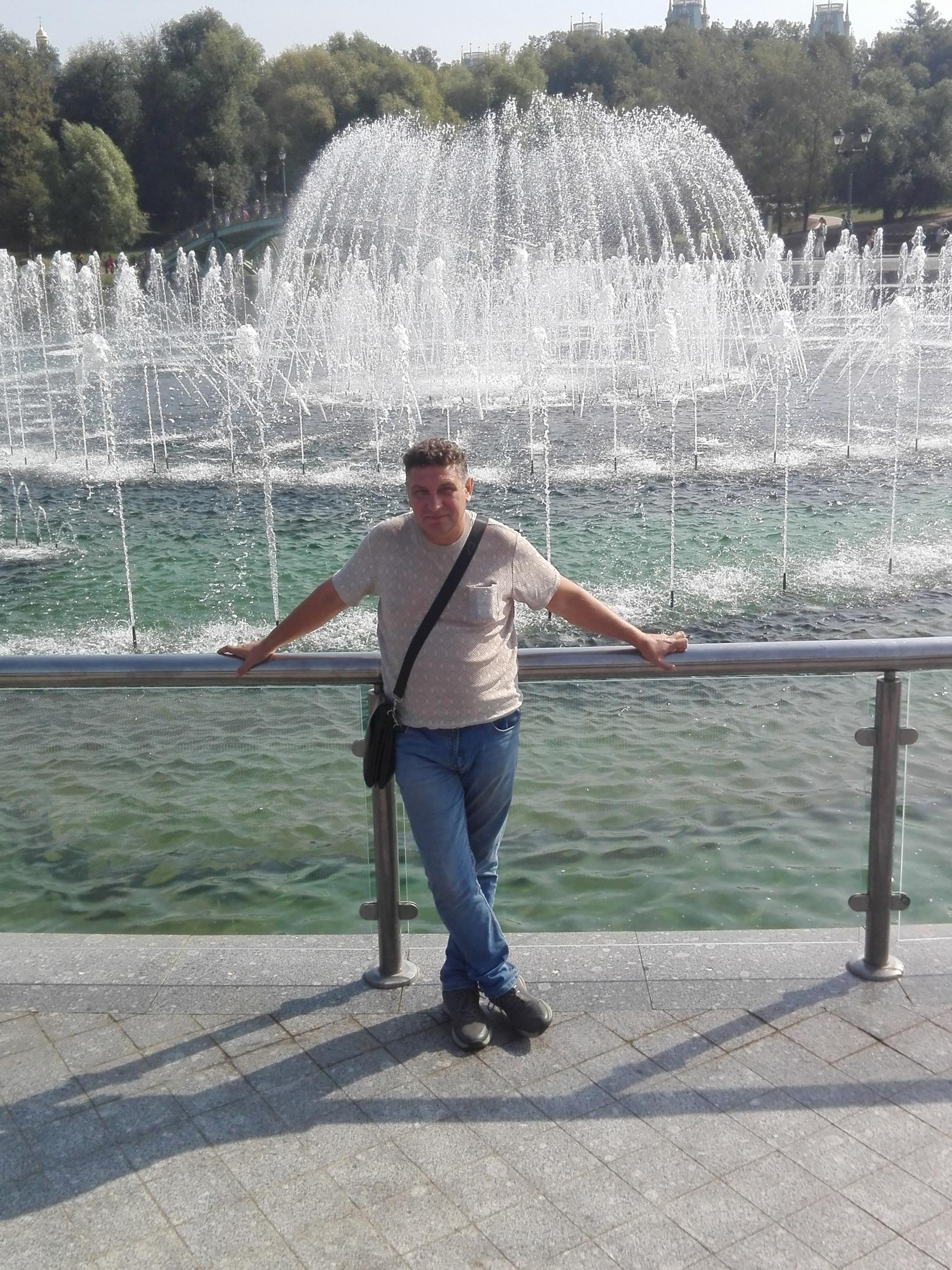 Сергей, 51, Teple