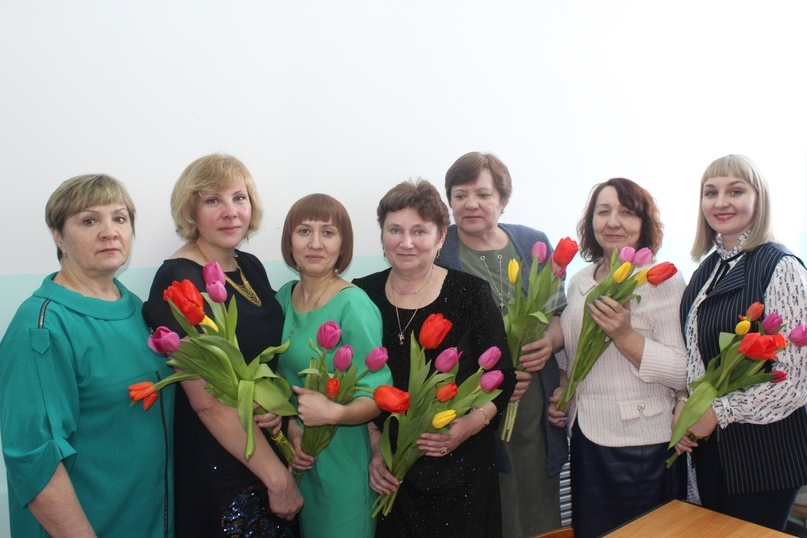 Женская часть коллектива филиала «УралМонацит»