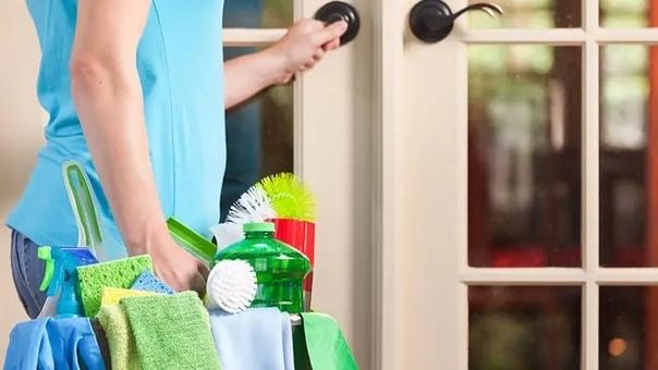 Требуется помощница по хозяйству, возможно с посто...