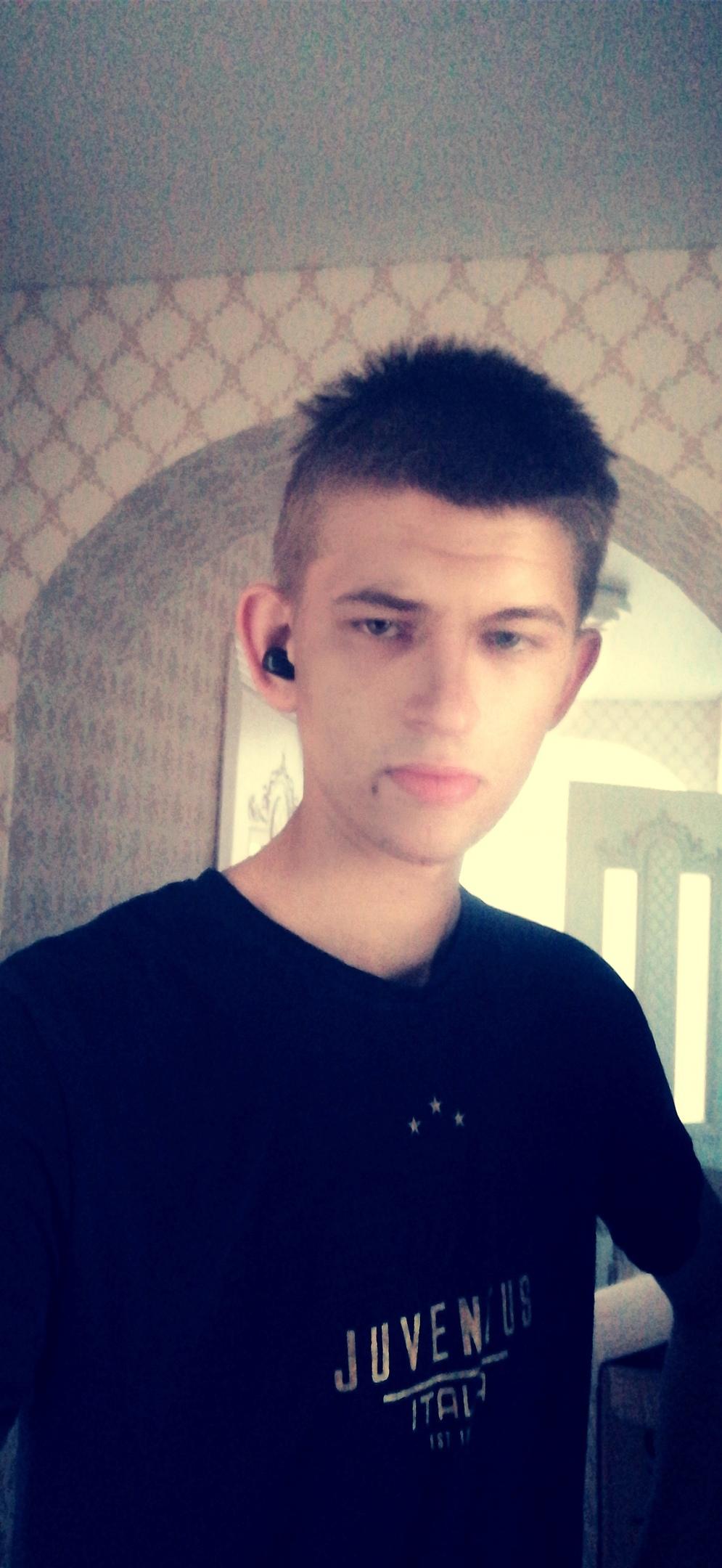 Алексей, 22, Svetlyy