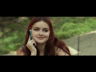 Ariel Winter, etc Nude & Sexy - The Last Movie Star (2017) 1080p