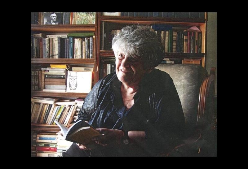 На 99-м году жизни умерла поэт Сара Погреб