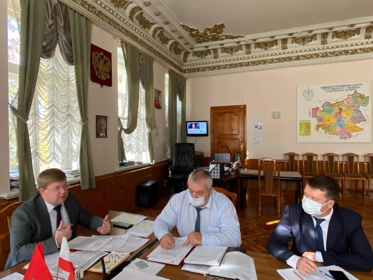 Исполнение доходной части консолидированного районного бюджета стало сегодня основной темой обсуждения на аппаратном совещании