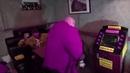 Стас Барецкий опять бузит в пиццерии мишки Фредди
