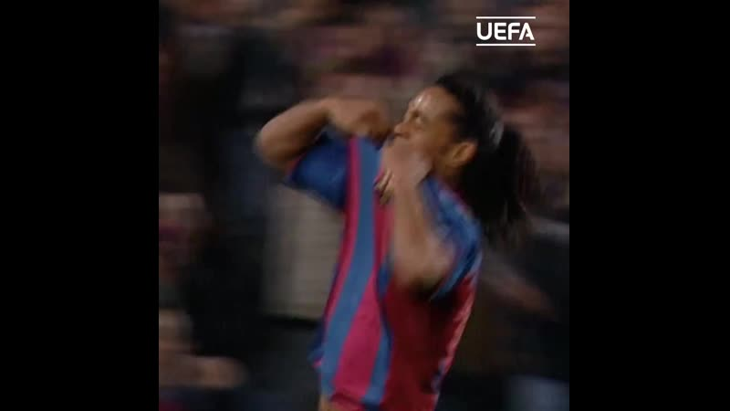 Роналдиньо Барселона гол Милану